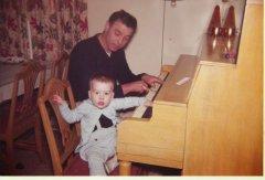 dad_tim_piano.jpg
